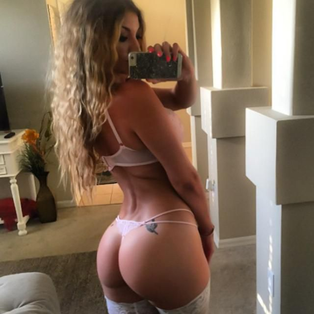 Adelle Sensual and exotic